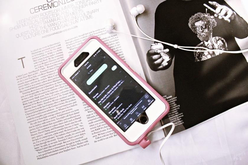 iphone flatlayss.jpg
