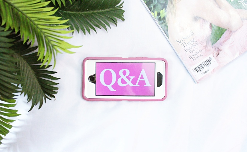 The 700 Followers Q&A! + BloggingTips